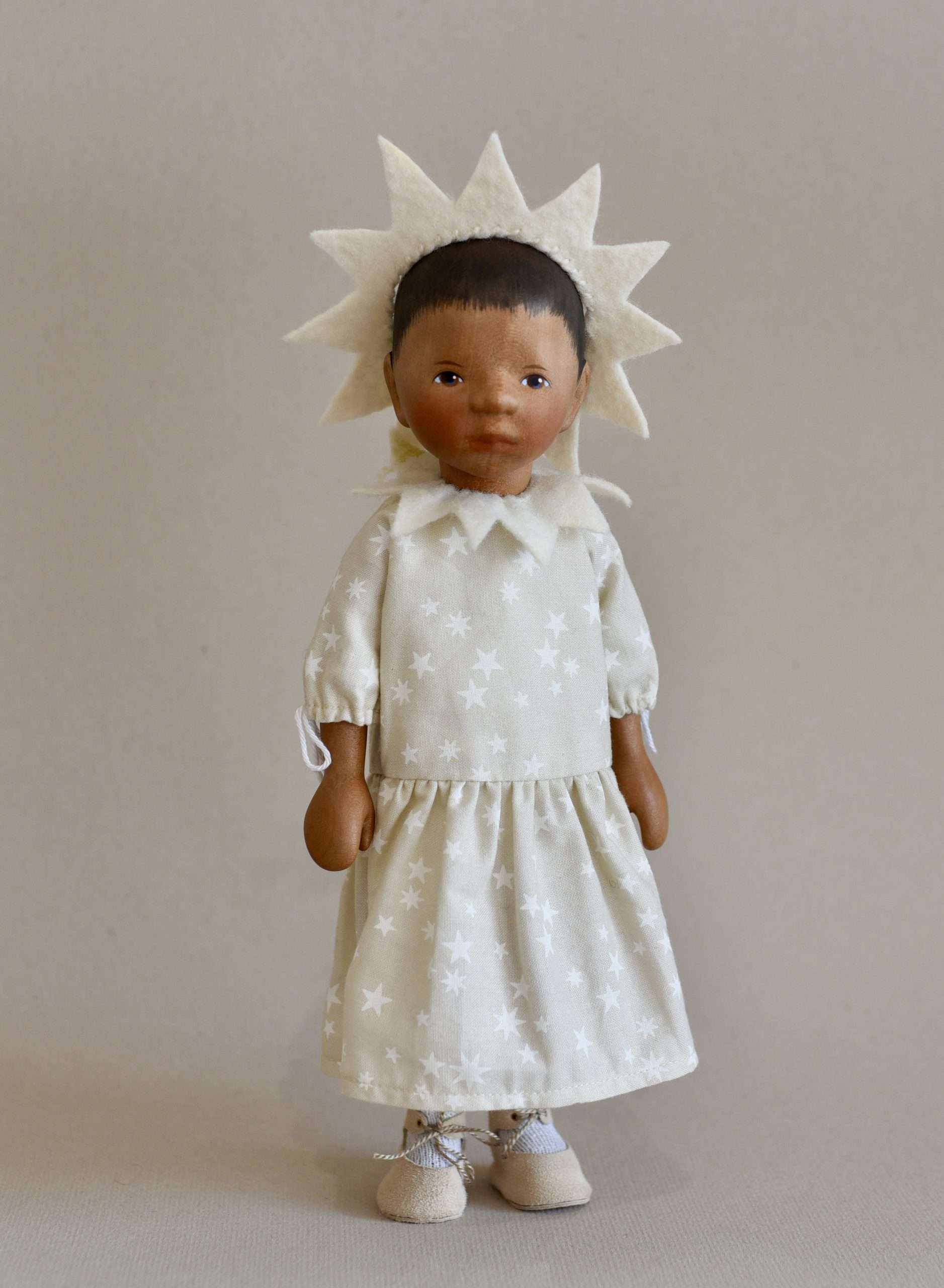 Wooden Doll DJ102e