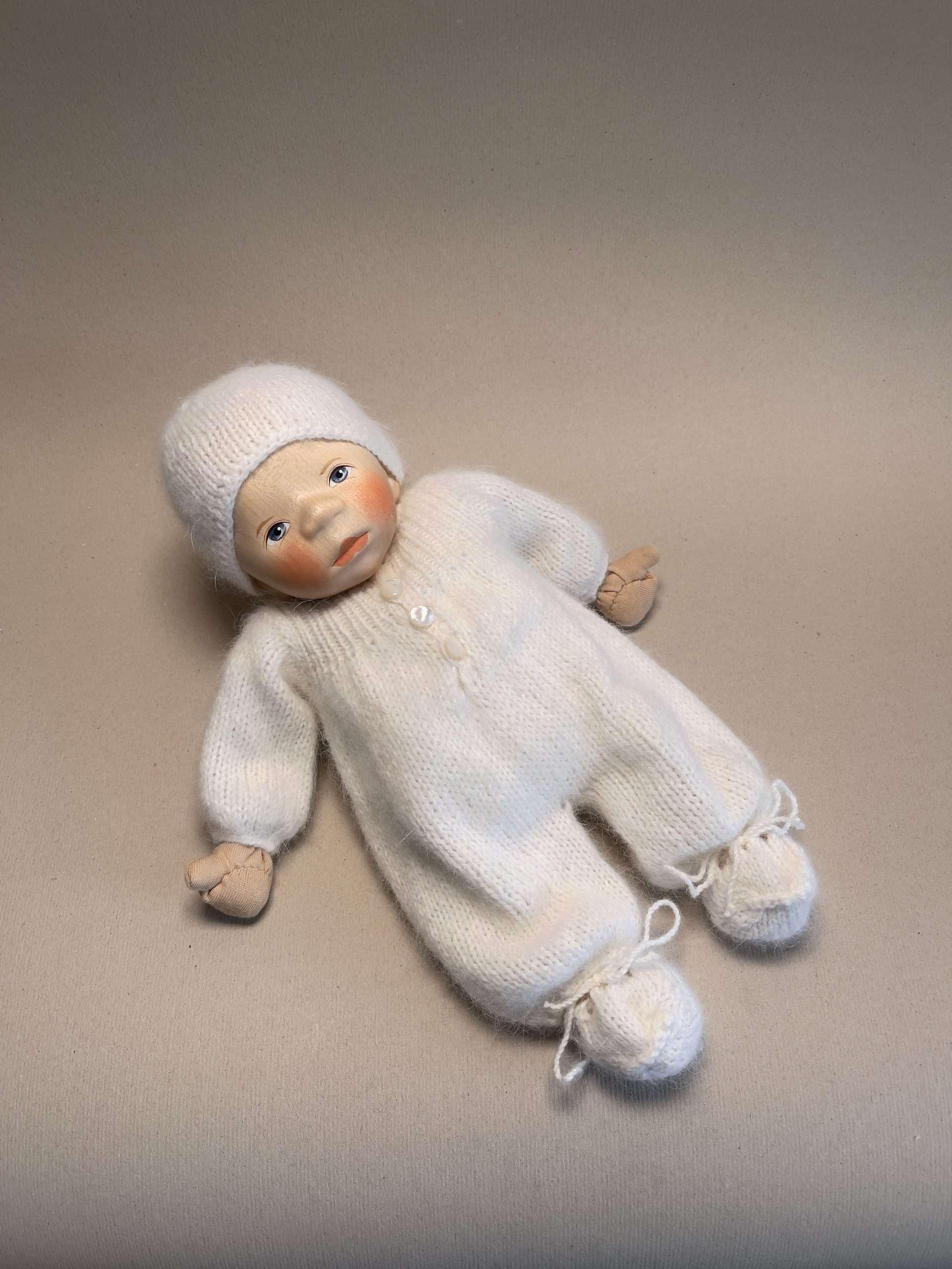 Babypuppe B001