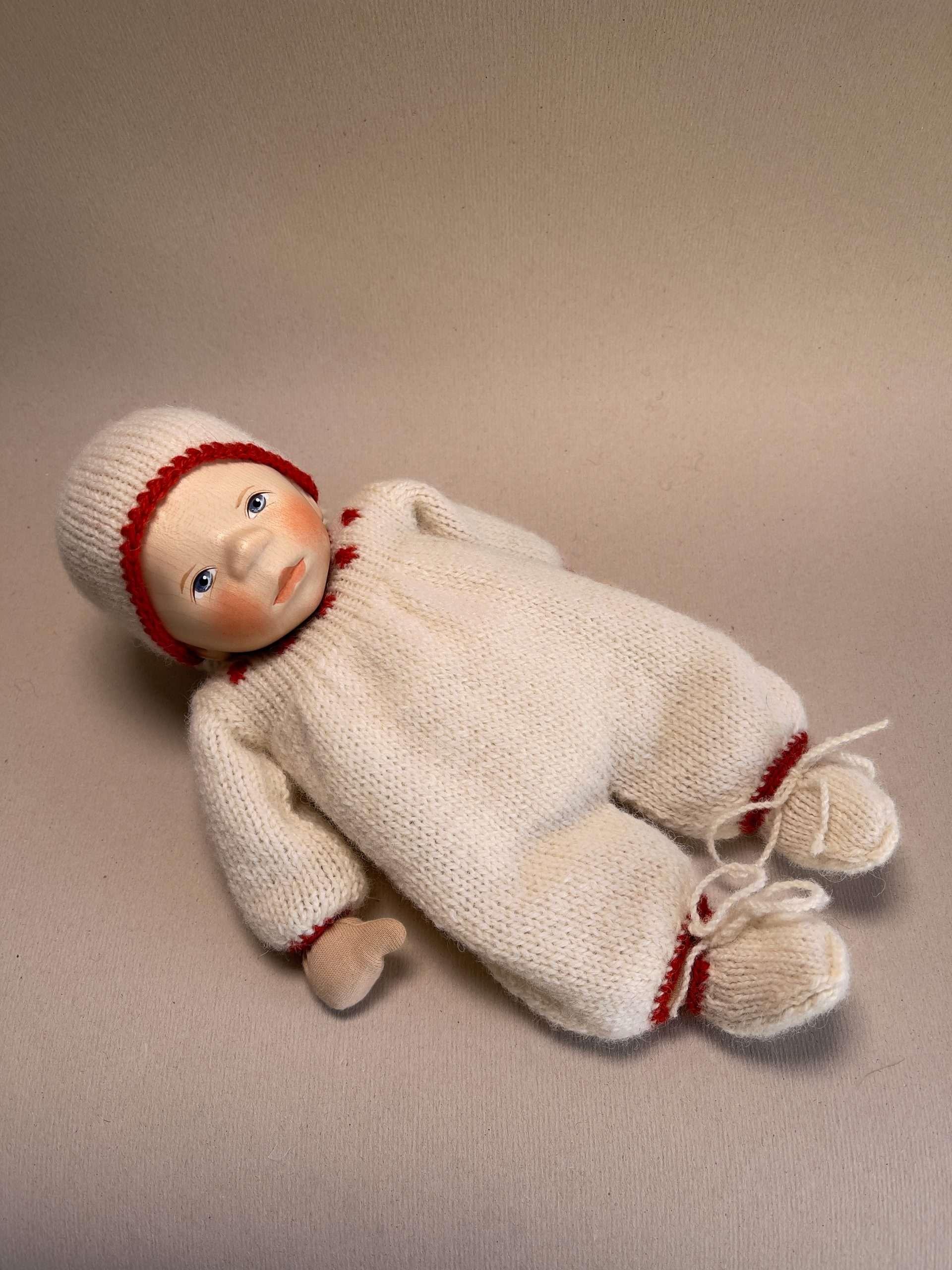 Babypuppe B353