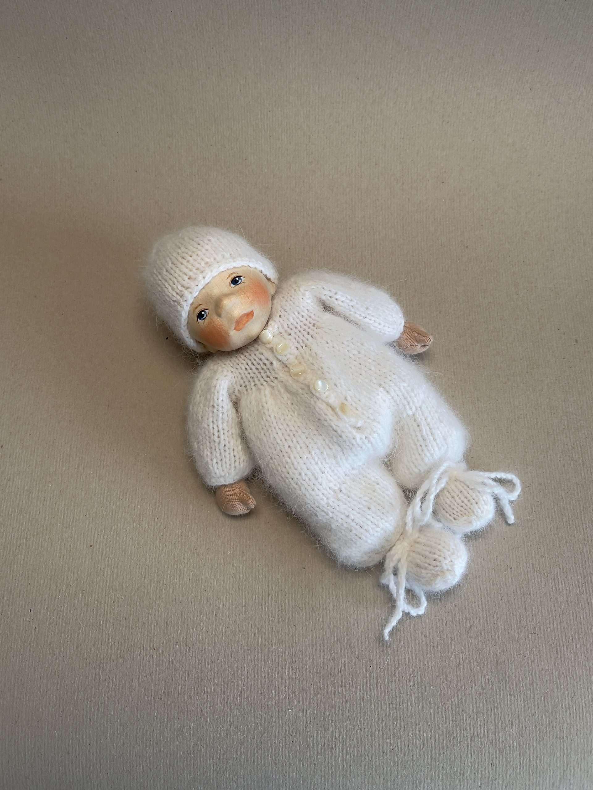 Babypuppe K001