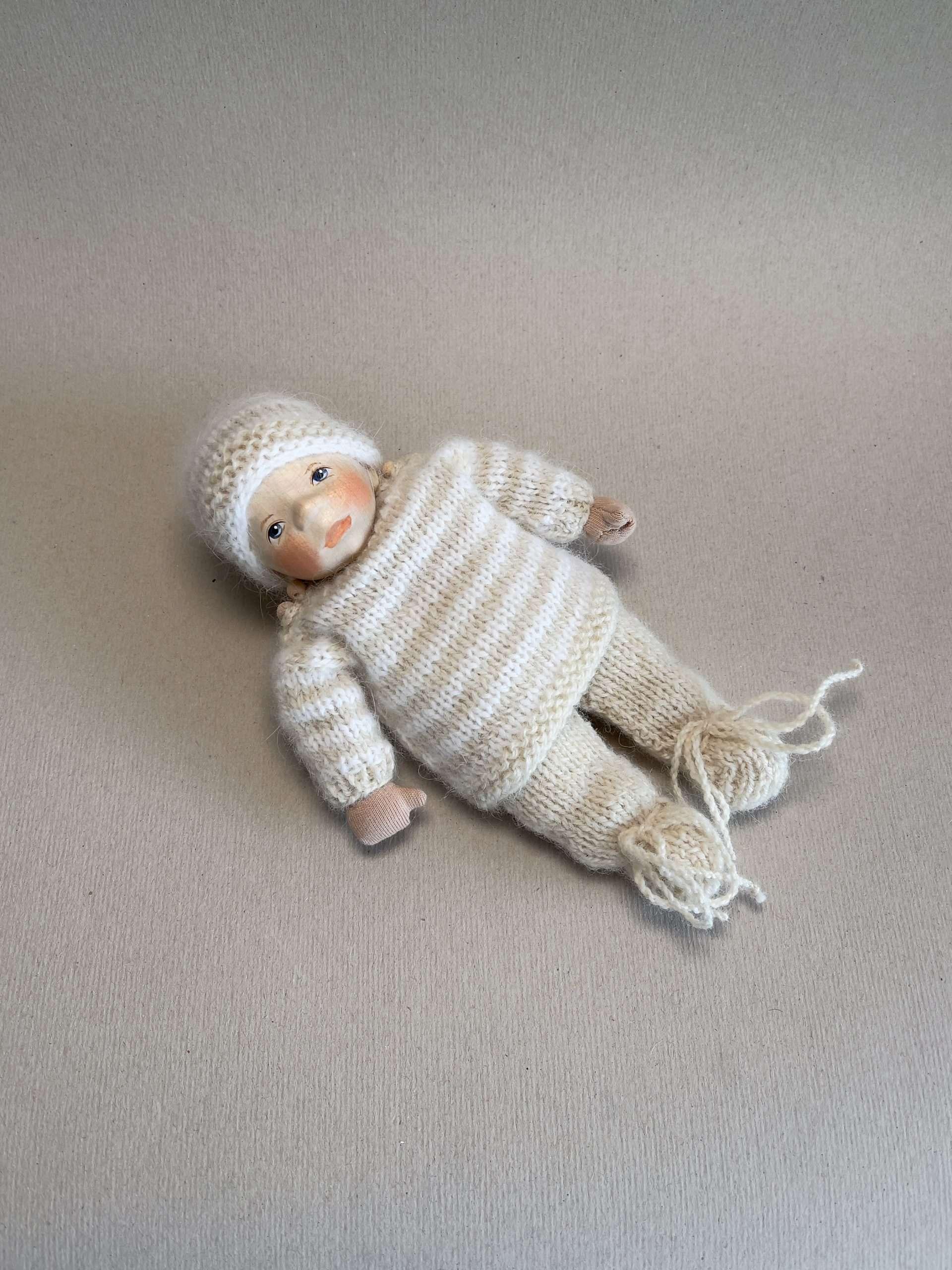 Babypuppe K034