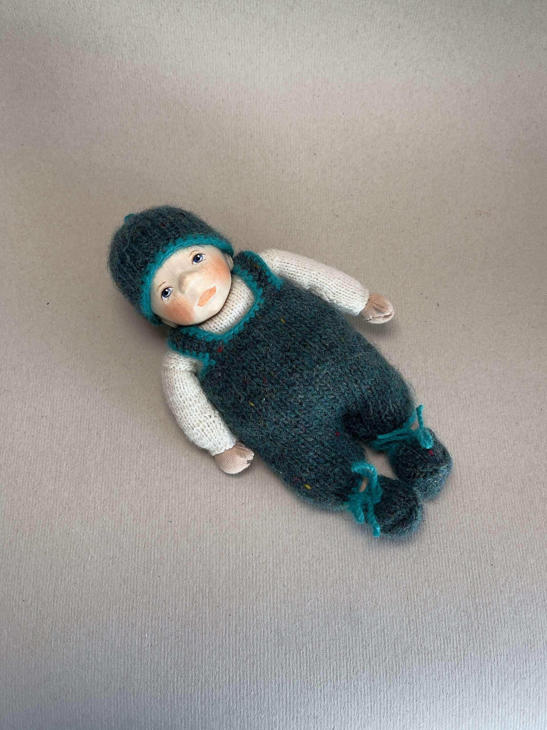 Babypuppe K038