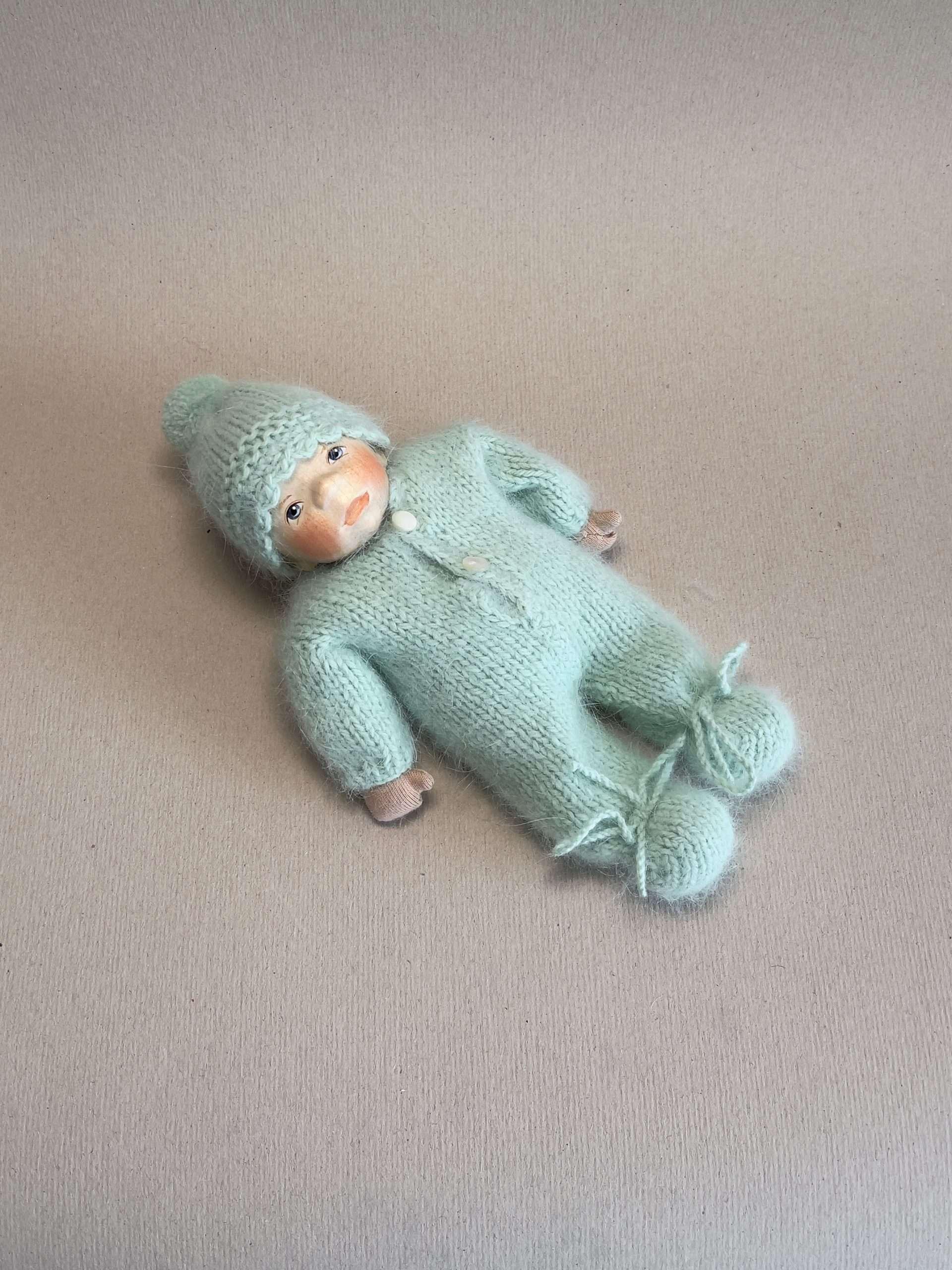 Babypuppe K039