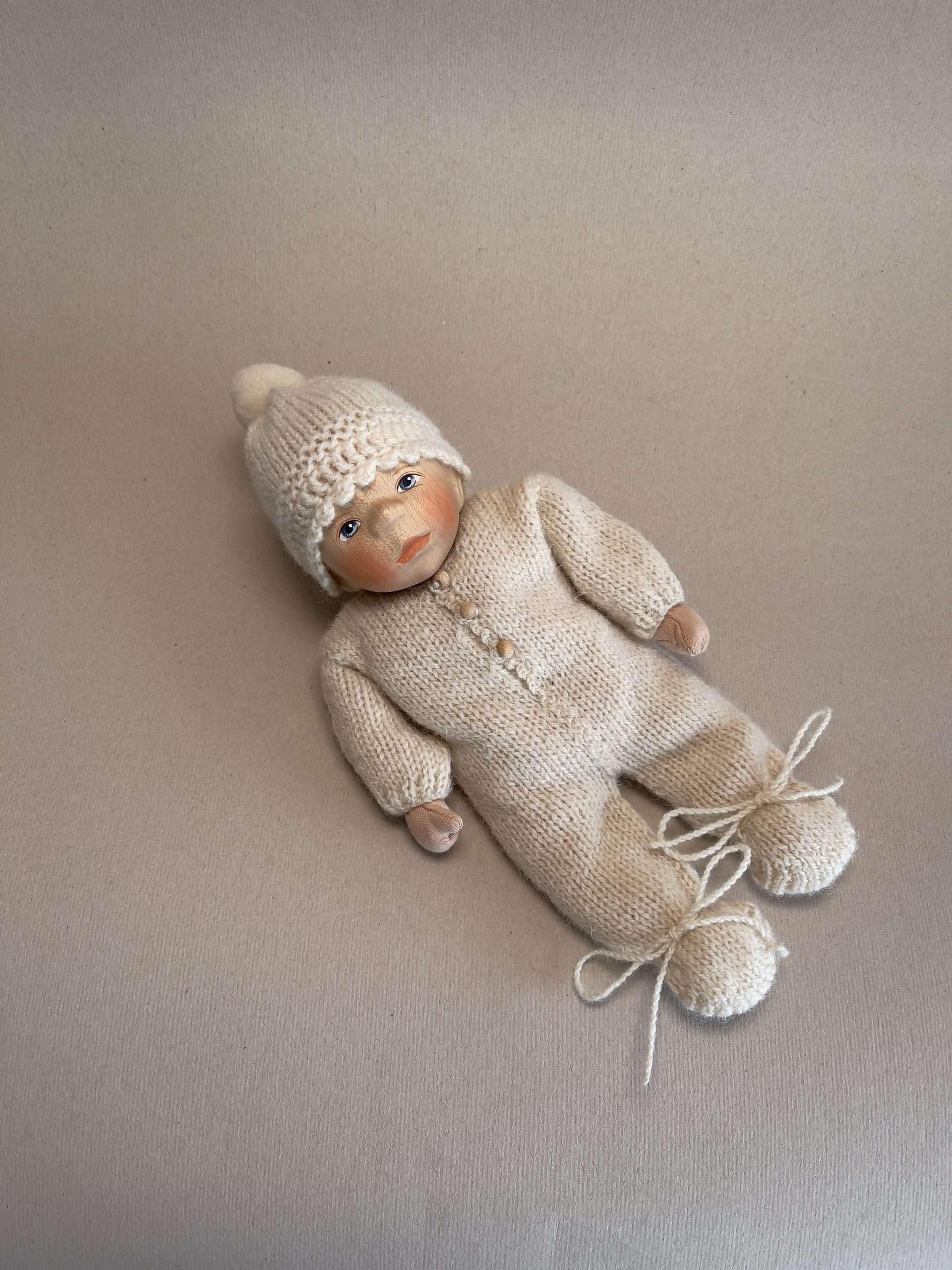 Babypuppe M002