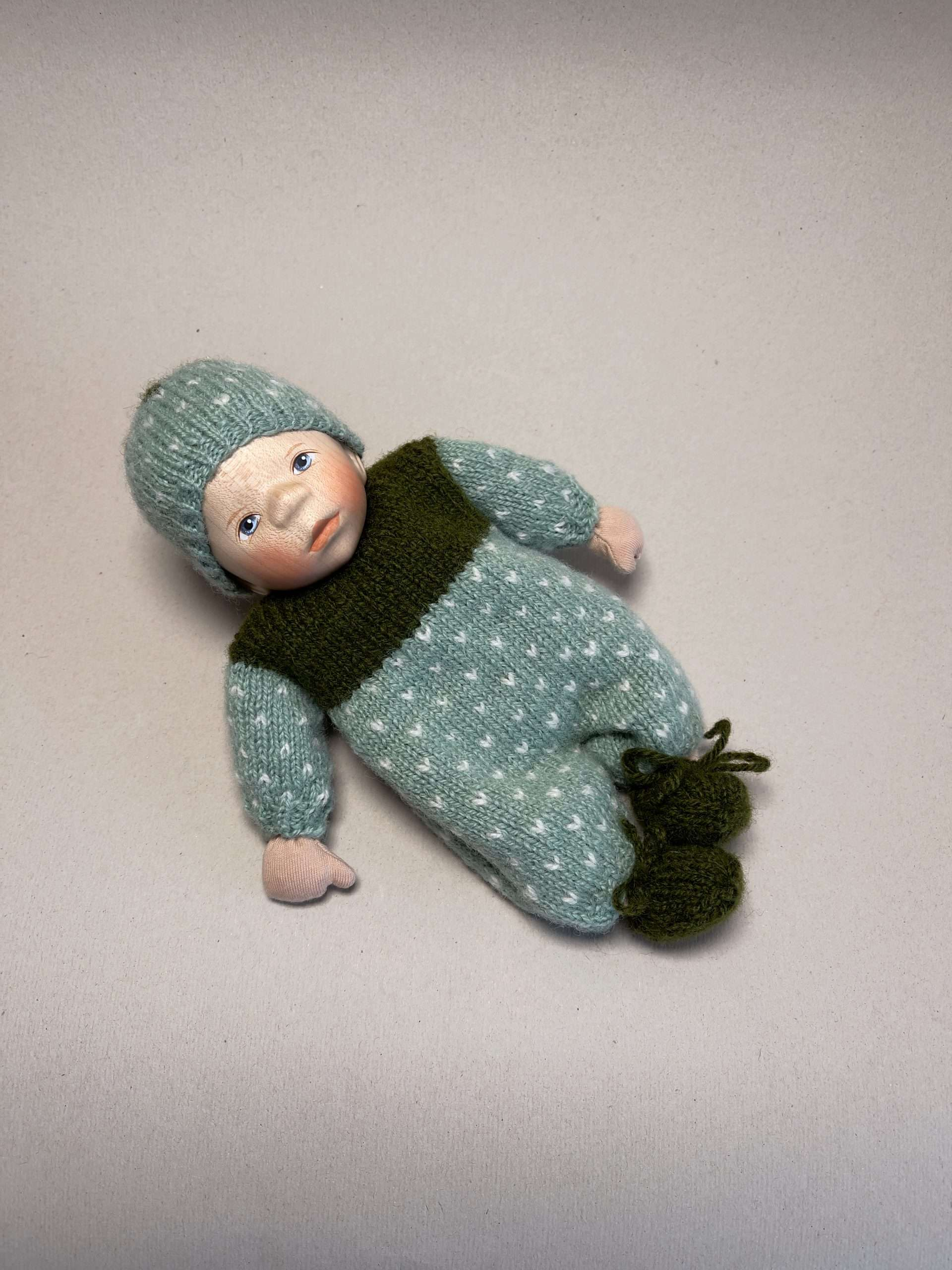 Babypuppe M004