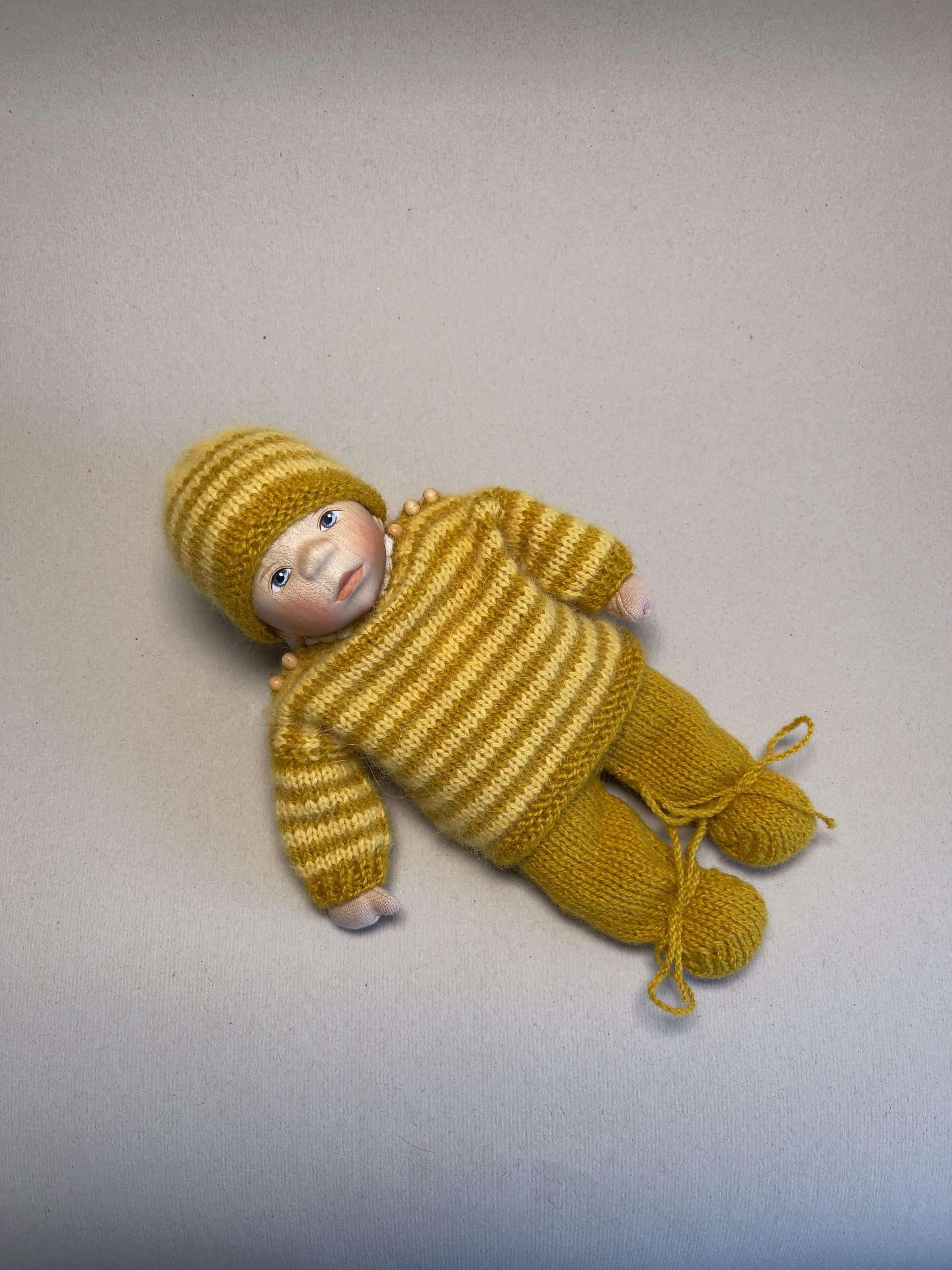Babypuppe M024
