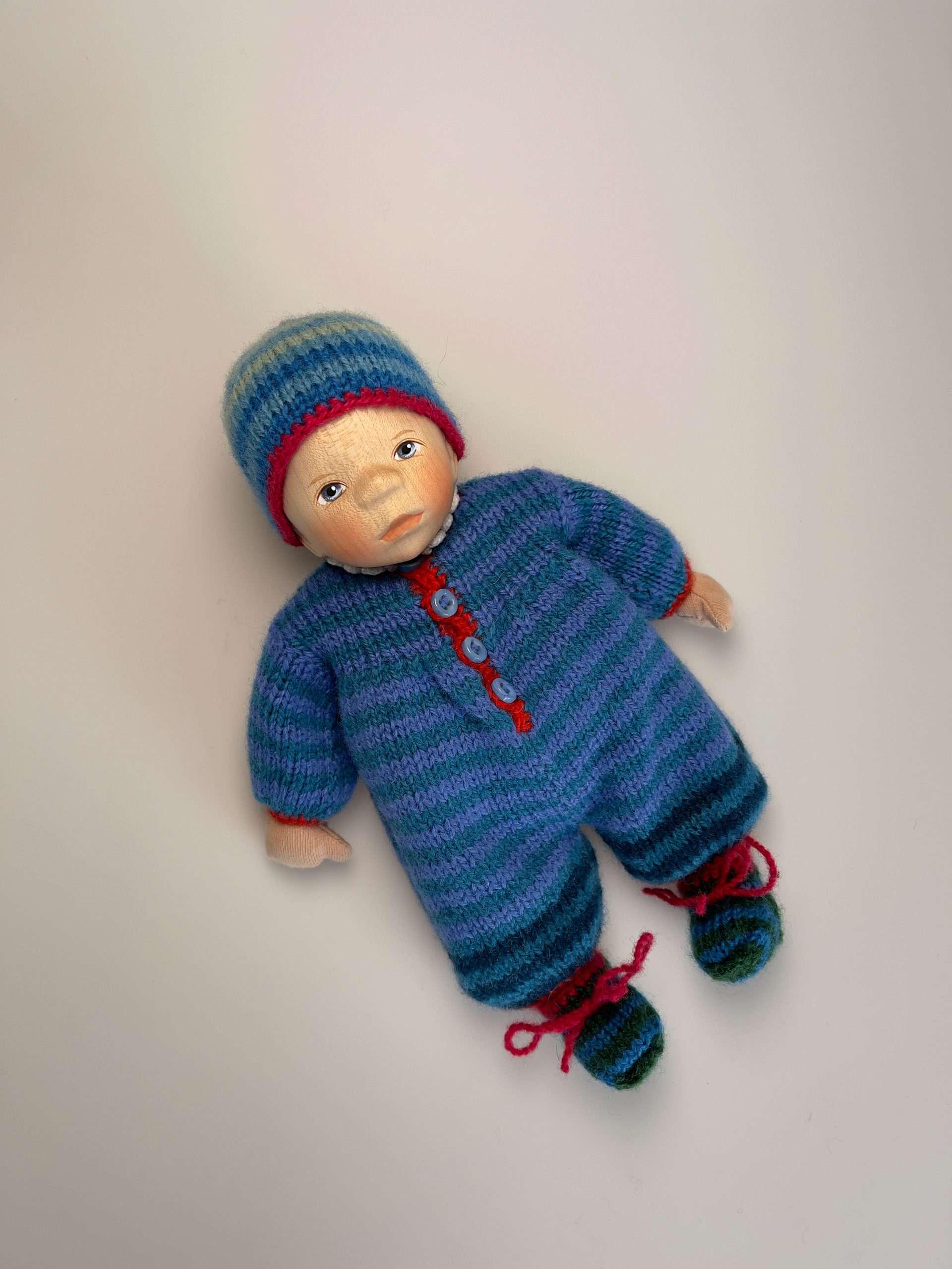 Babypuppe M055